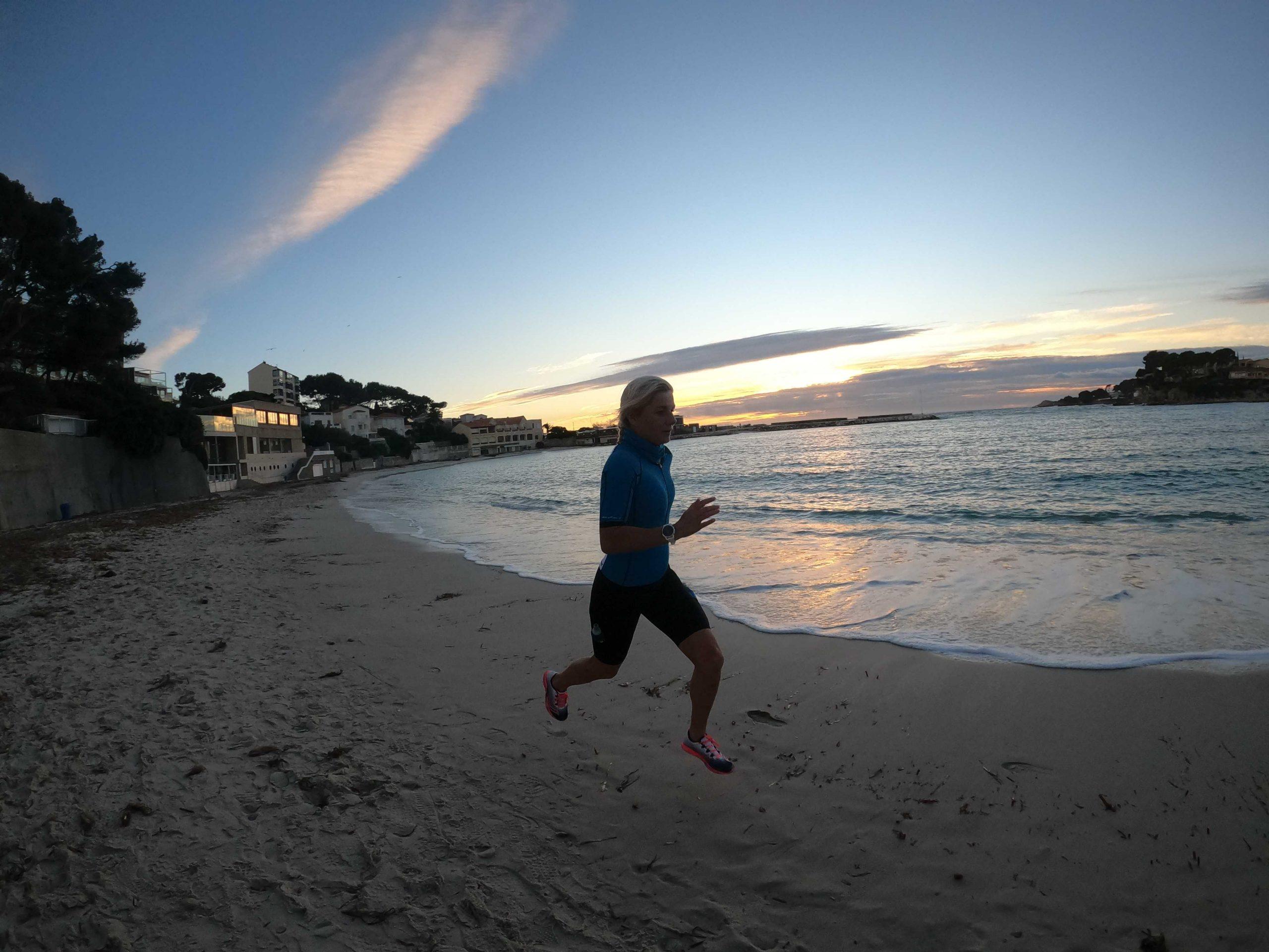 Emily Tenue running Fleatcy